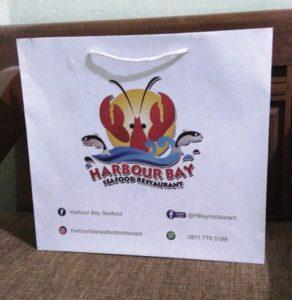 tas kertas oleh-oleh restoran dan paper bag promosi restoran